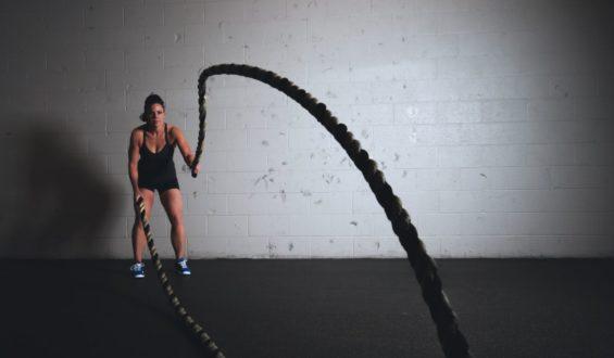 Wizyta na siłowni lub w salonie fitness
