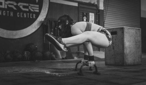 Pomoc trenera fitness